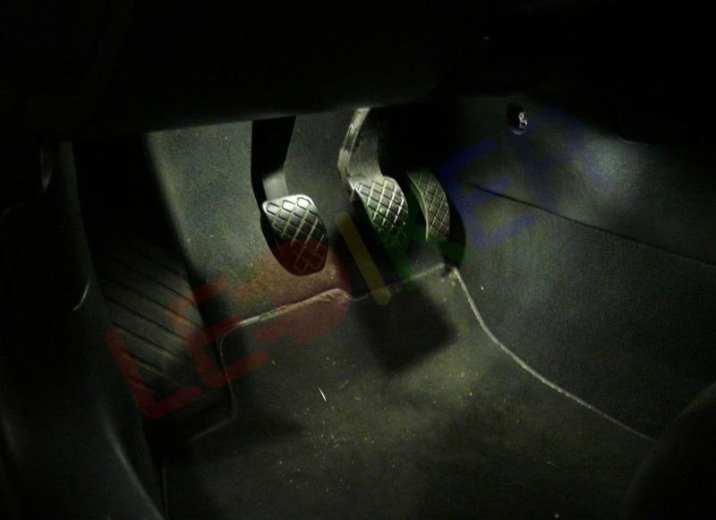 żarówki Do Oświetlenia Nóg Kierowcy I Pasażera Audi A6 C6